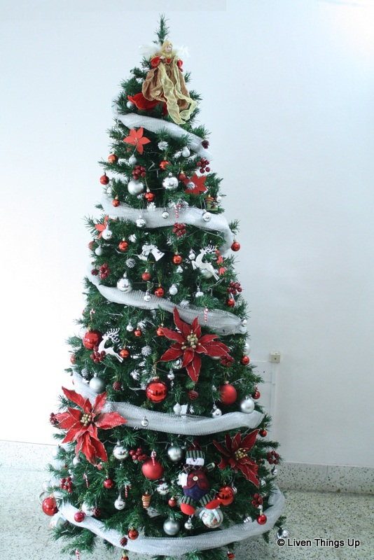 Liven things up merry christmas - Christmas tree silver and red ...