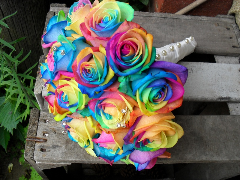 Wedding Bouquets With Rainbow Roses : Rainbow wedding bouquets pic awesome pictures