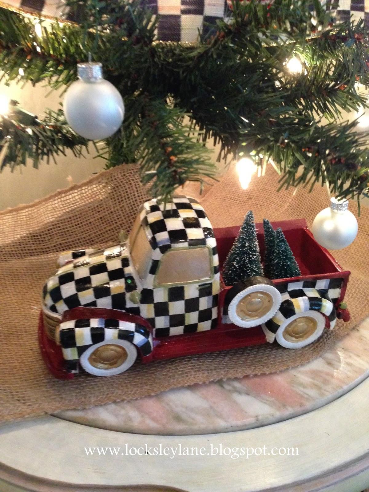 Where Is Christmas Tree Lane