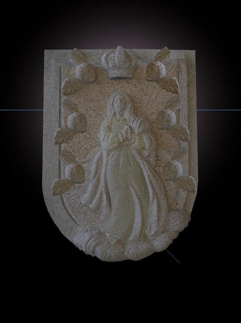 Padroeira de Portugal painem em granito com 170cm de altura