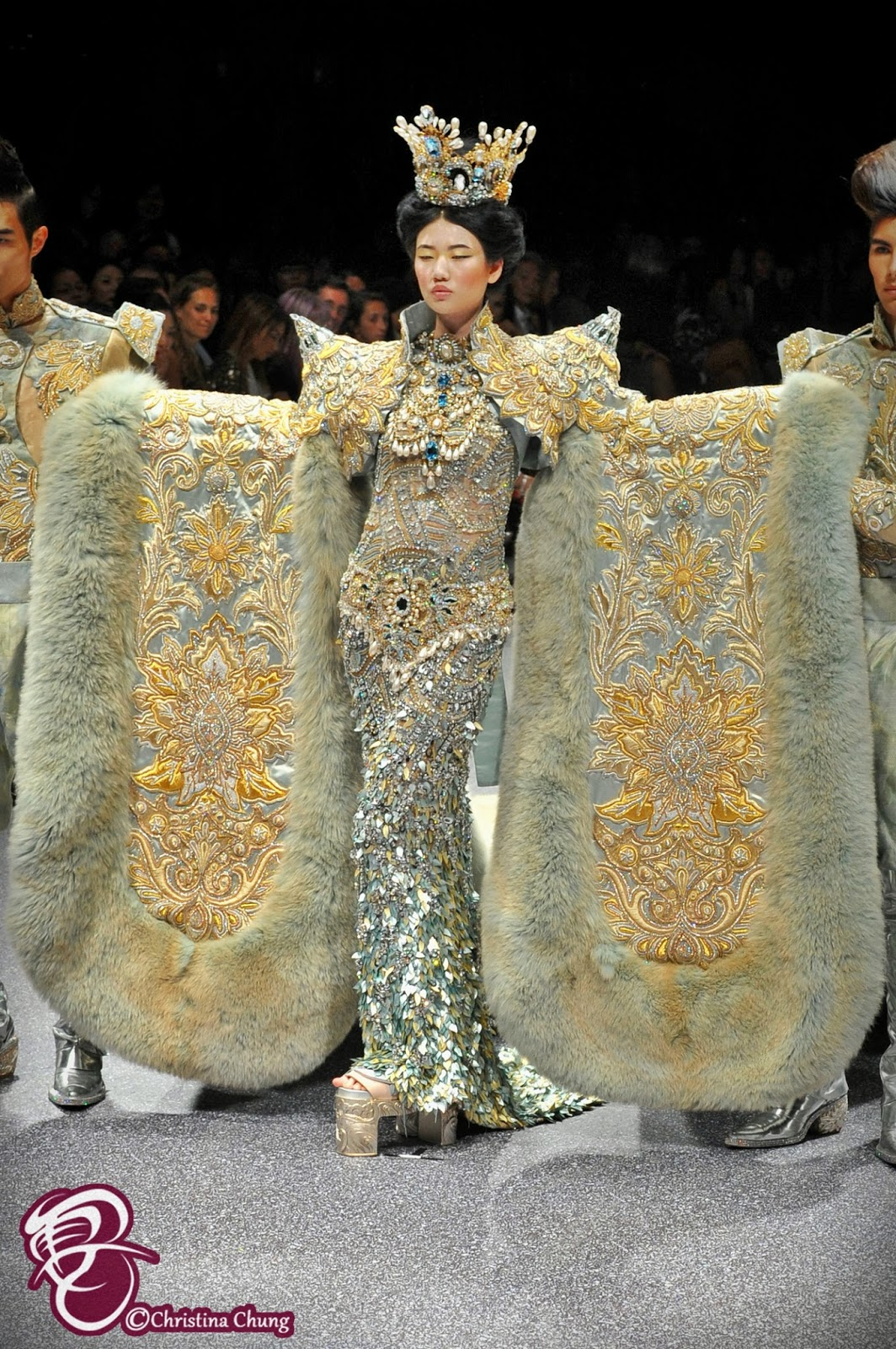 Guo Pei Stunned The Au nce With Her Arabian 1002th Night Haute Couture Fash