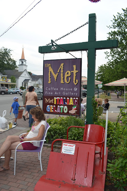 North Conway, NH the Met