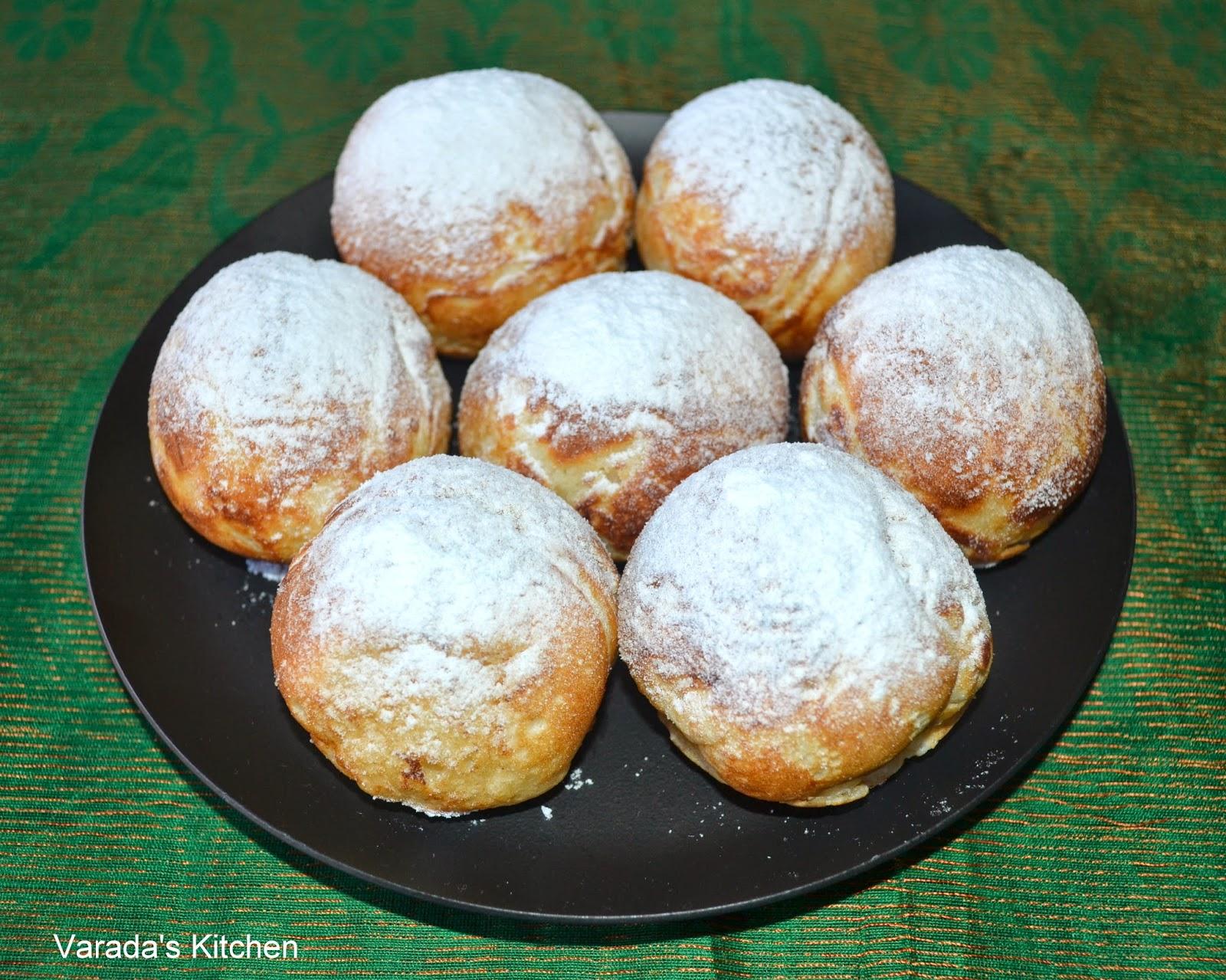 Varada's Kitchen: Æbleskiver