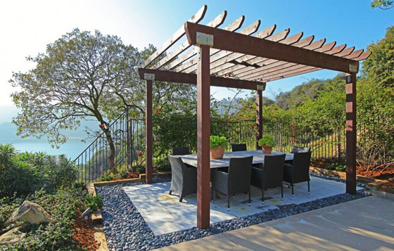 Mountain house outdoor decor luxury lifestyle design - Outdoor eating area designs ...