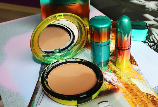 matte bronzer, lipstick, nail polish. Матовый бронзер, помада, лак для ногтей