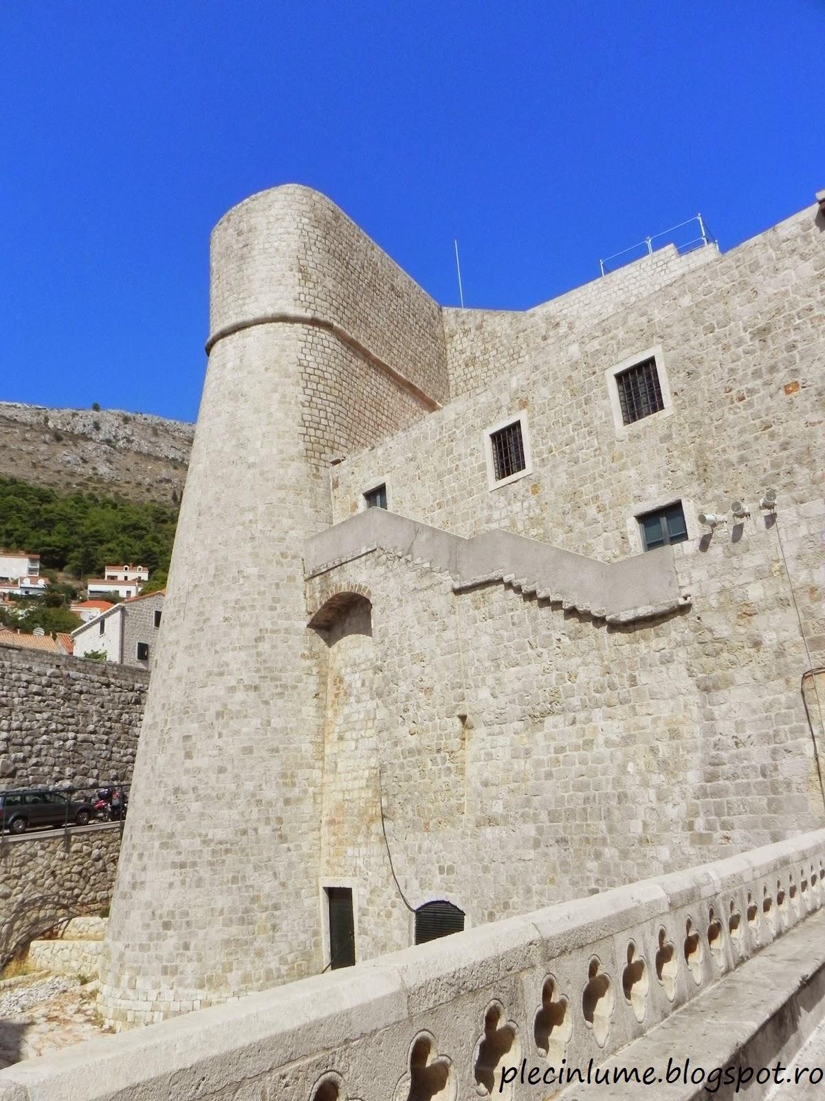 Poarta de intrare in cetatea Dubrovnik