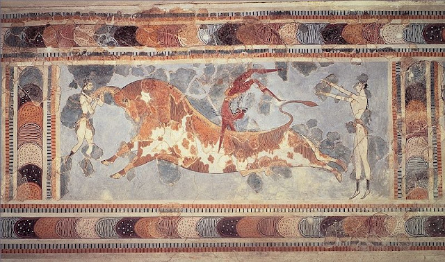 Knossos Bull leaping (game) Fresco - Heraklion, Crete |Travel Greece Guide