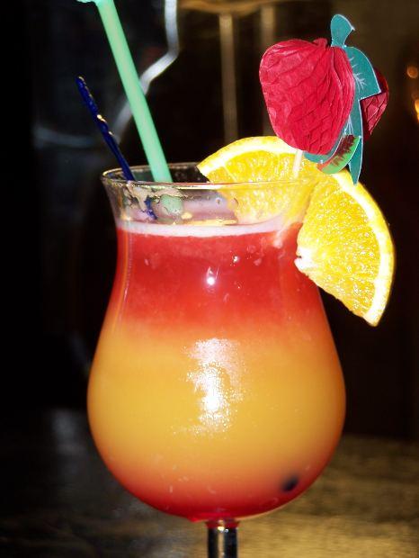 Fun disneyland tips trivia secrets and facts disneyland for Fun alcoholic drinks to make