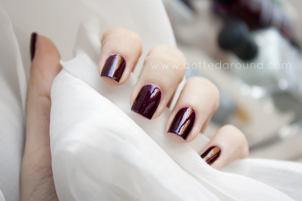 Deborah Lippmann good girl gone swatch