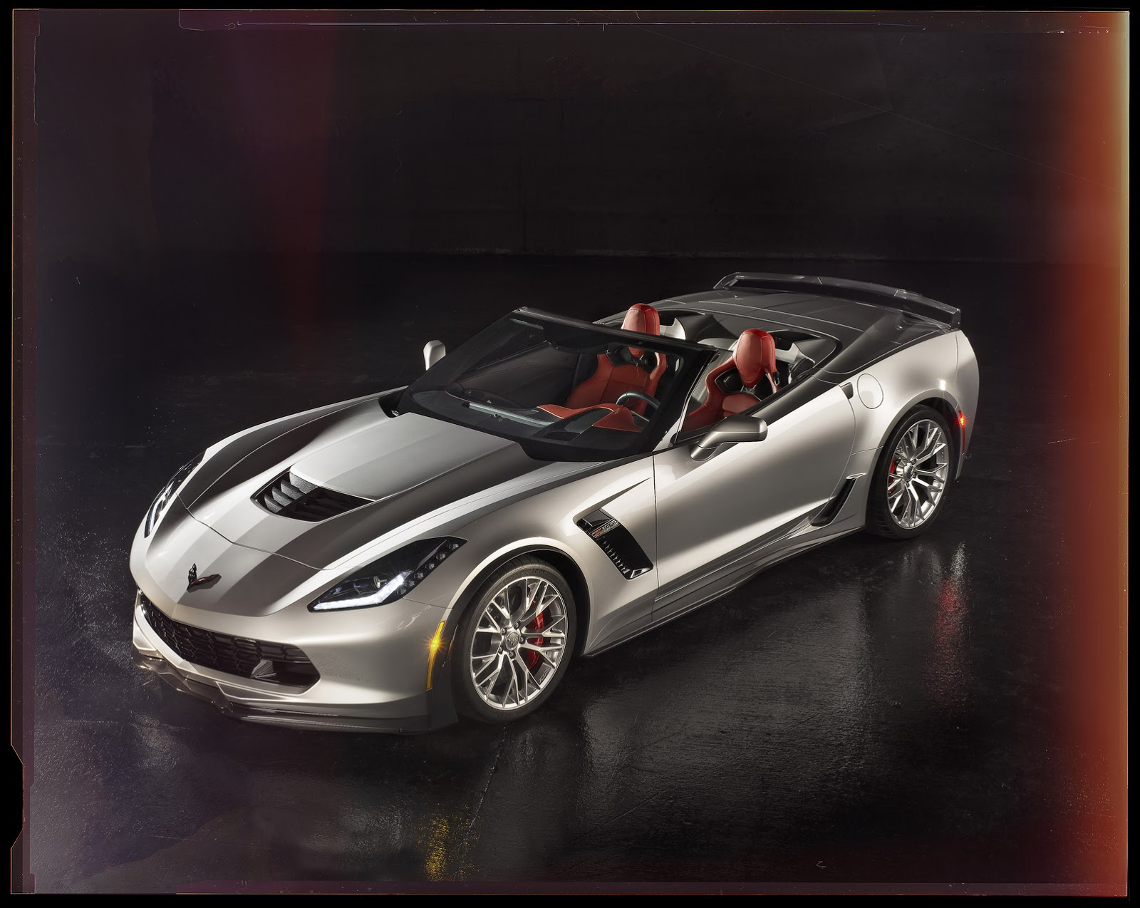 New 2015 Corvette Stingray Z06 is Bloody Fast Hits 60mph in 2 95