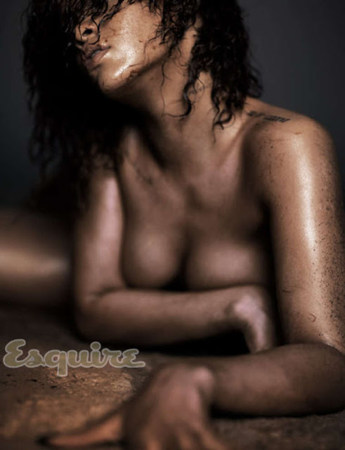 Rihanna – Esquire Magazine nude