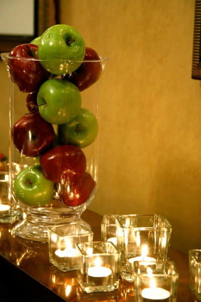 Wedology by dejanae events big apple reception for Apples for decoration