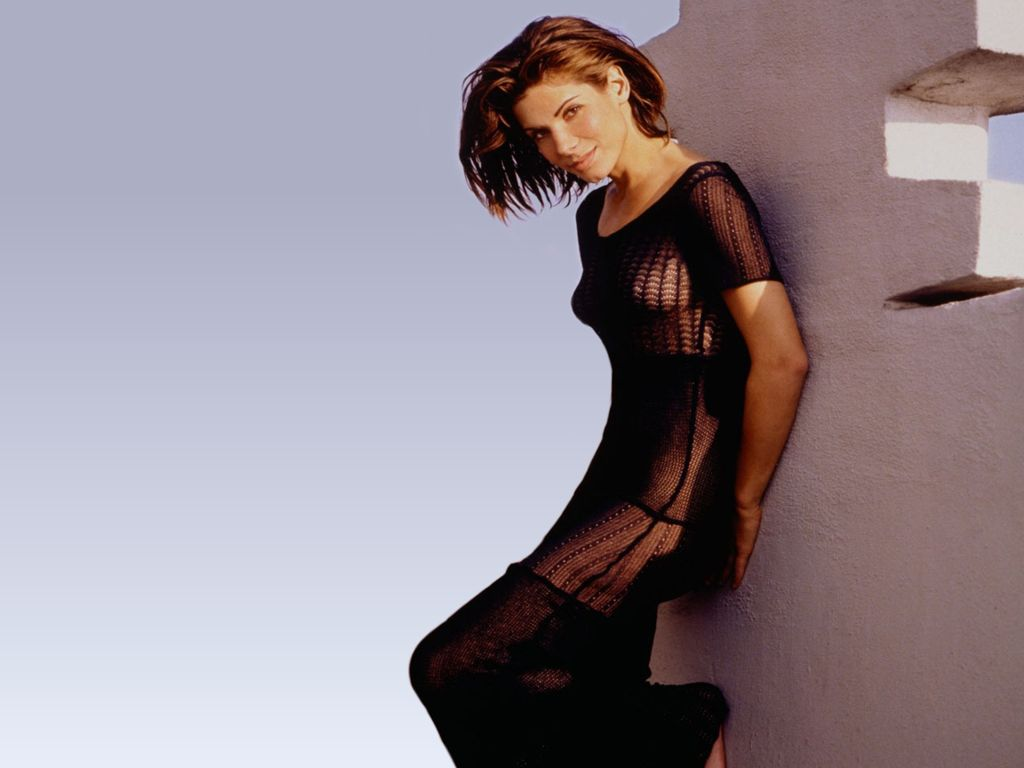 sandra bullock sexy look - photo #16