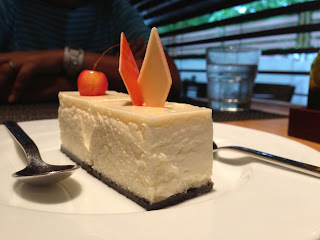 Cheesecake at Bistro, Pune