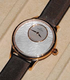 Montre Jaquet Droz Petite Heure Minute Art Déco élégance Paris référence J005013570