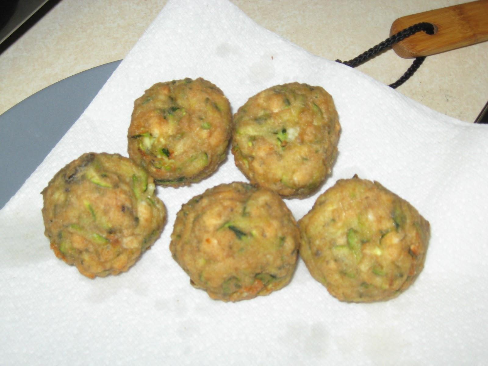 Courtney's Recipes: Kolokythokeftedes (Zucchini & Feta Balls)