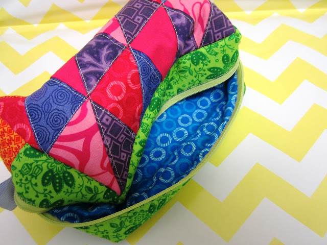 Zakka Along 2.0 Patchwork, Please - Triangle Patchwork Box Pouch