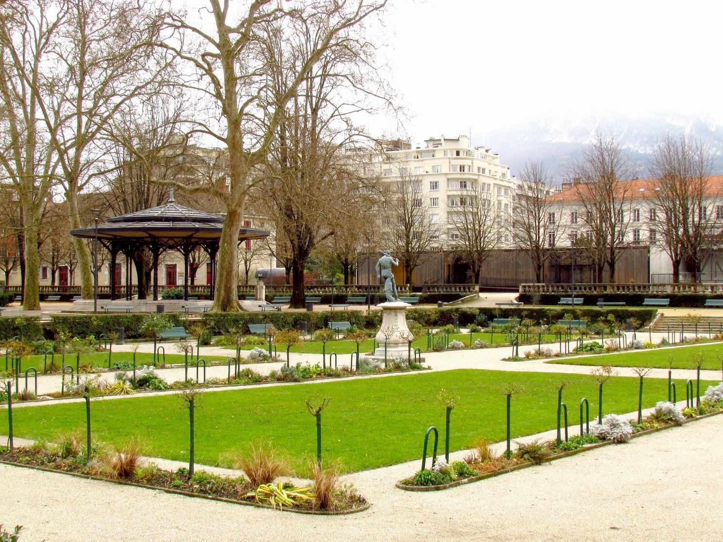 Blog photos de patrice clich s pris en parcourant les rues de grenoble - Creche jardin de ville grenoble ...