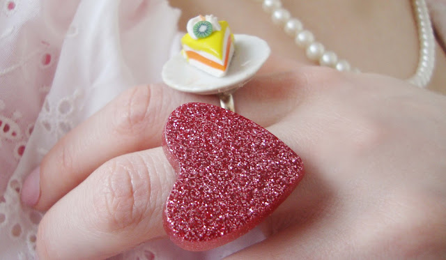 rings, jewellery, heart, cake