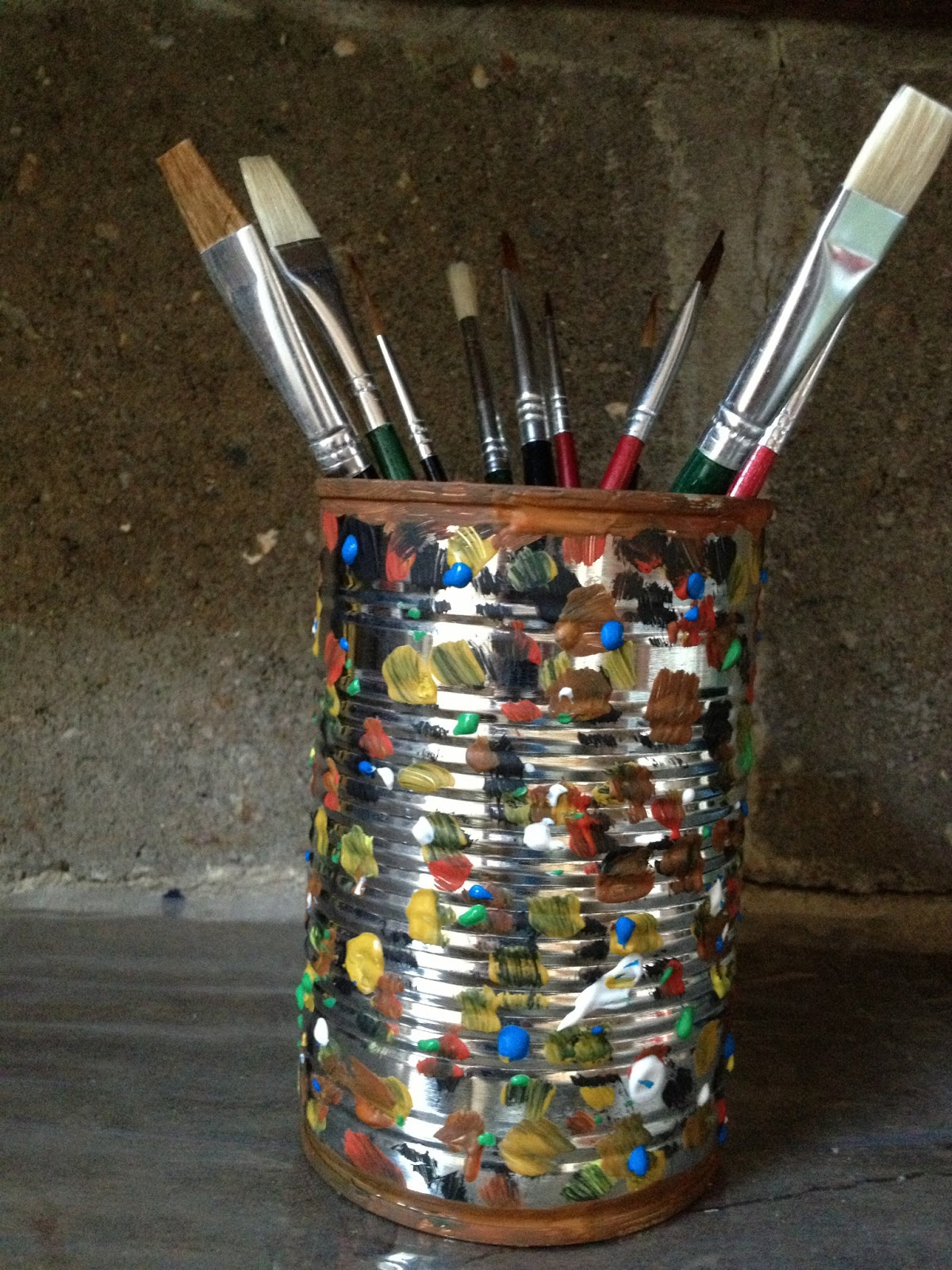 DIY Brush Holder -naajronaslifestyle.blogspot.co.uk