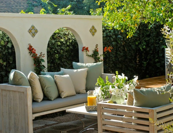 Pin ll keep decorating until i run out of steam usually for Cheap patio makeover ideas