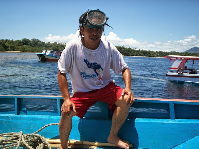 tour bunaken island with guide jotje lala