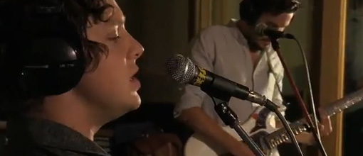 Friendly fires - The edge of glory (Lady Gaga cover) @ Radio 1 live lounge | Live performance