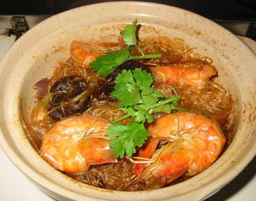 Glass noodles recipes: White prawn baked with glass noodle in casserole