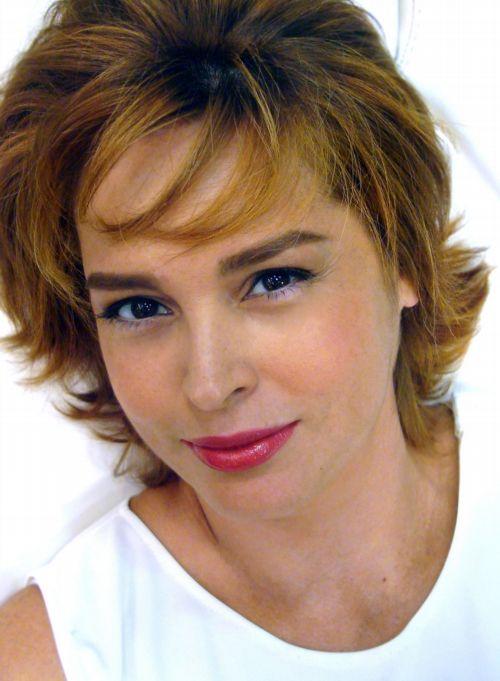 Suzy Rêgo muda visual para nova novela