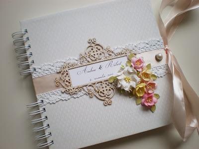 Kniha hostí novembrová / November Wedding guest book