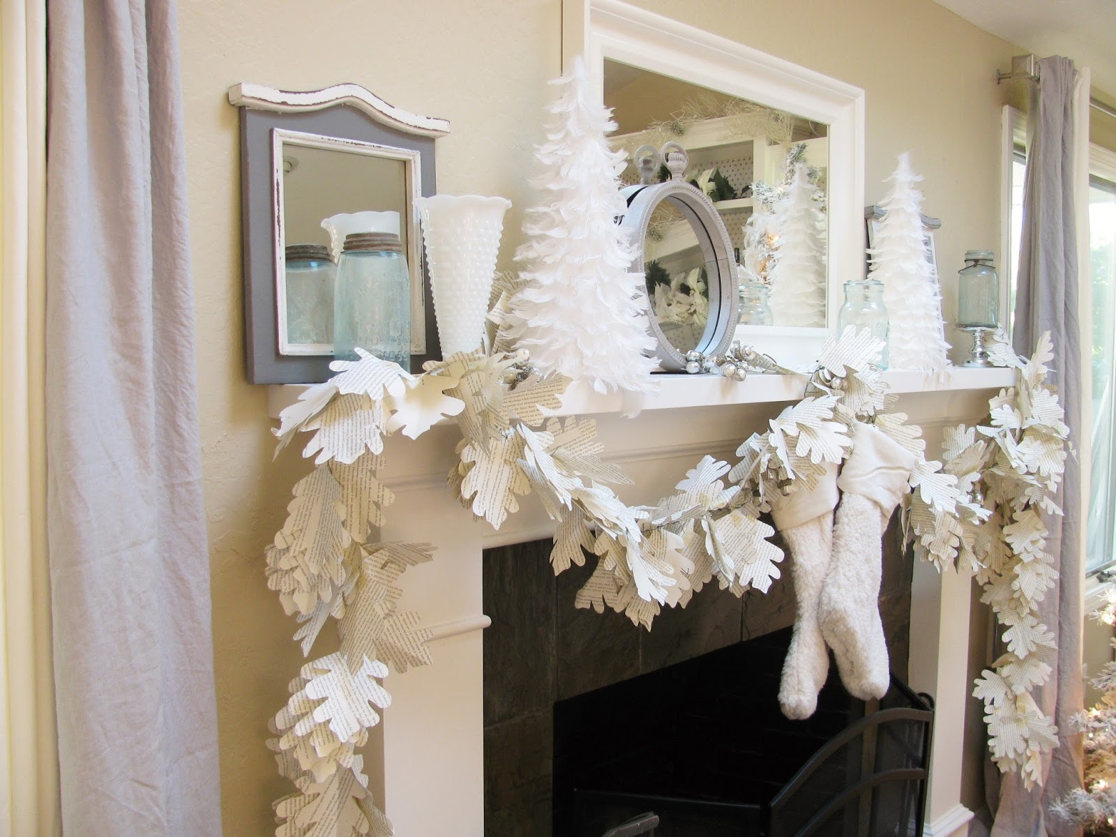 Diy home decor paper garland happy happy nester for Home decorations with paper