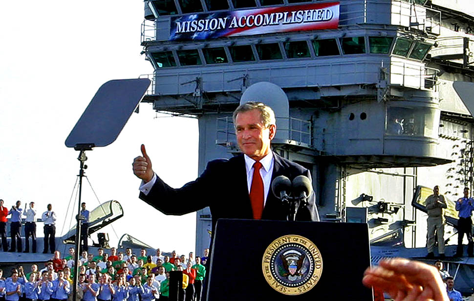 [Image: bush-mission-accomplished-iraq-thumbsup.jpg]