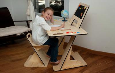 Gambar Meja Belajar Anak Desain Modern Terbaru dari Kayu