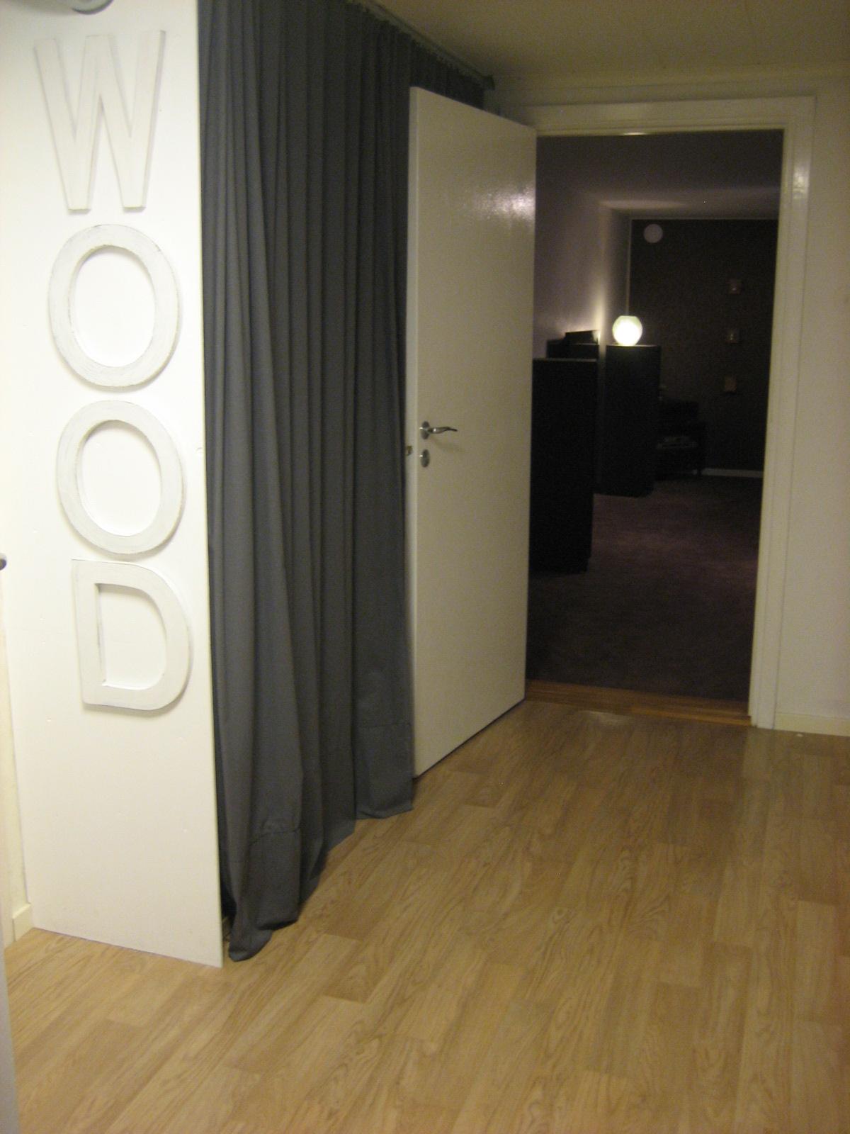 Vita huset 28: wood