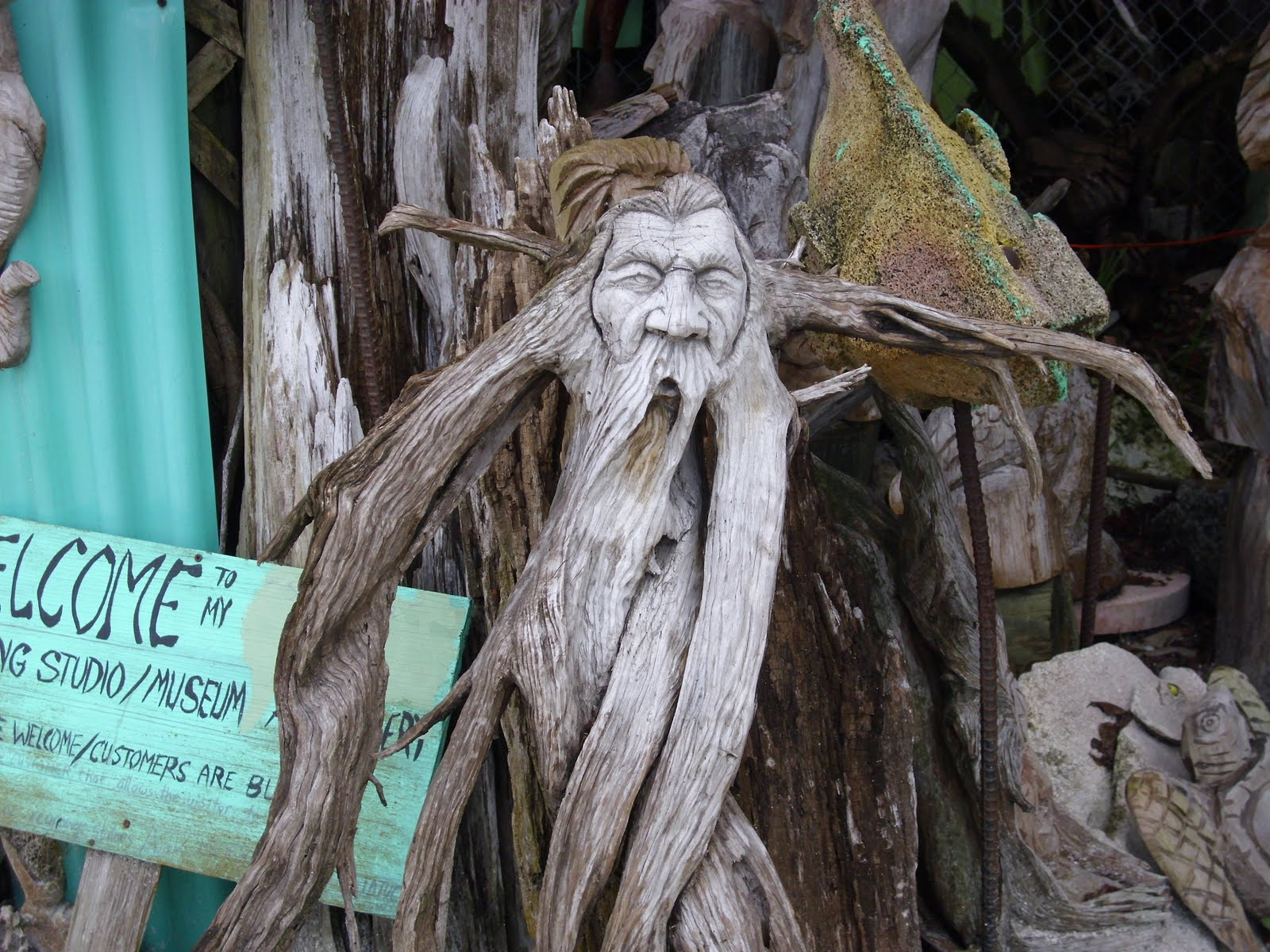 Welcome to florida driftwood art for Driftwood sculptures for garden