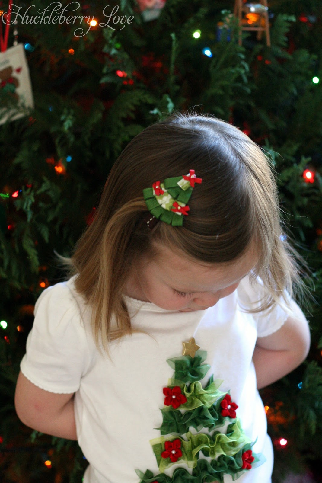 How ro decorate a christmas tree with ribbon - Huckleberry Love Christmas Tree Hair Clip Tutorial