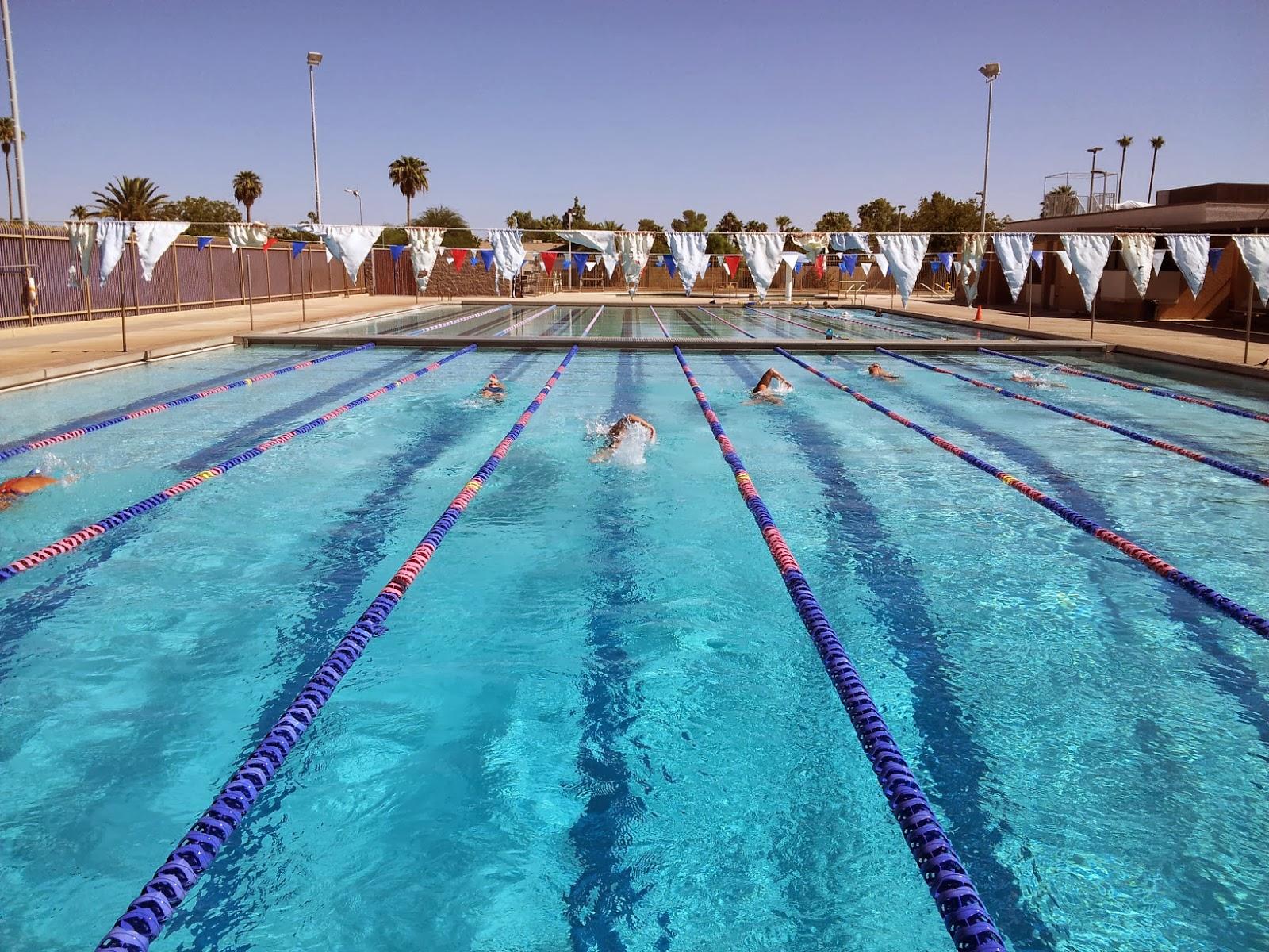 Deblog deblog november 2013 for Tempe swimming pool