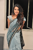 Jyothi seth sizzling saree photos-thumbnail-20