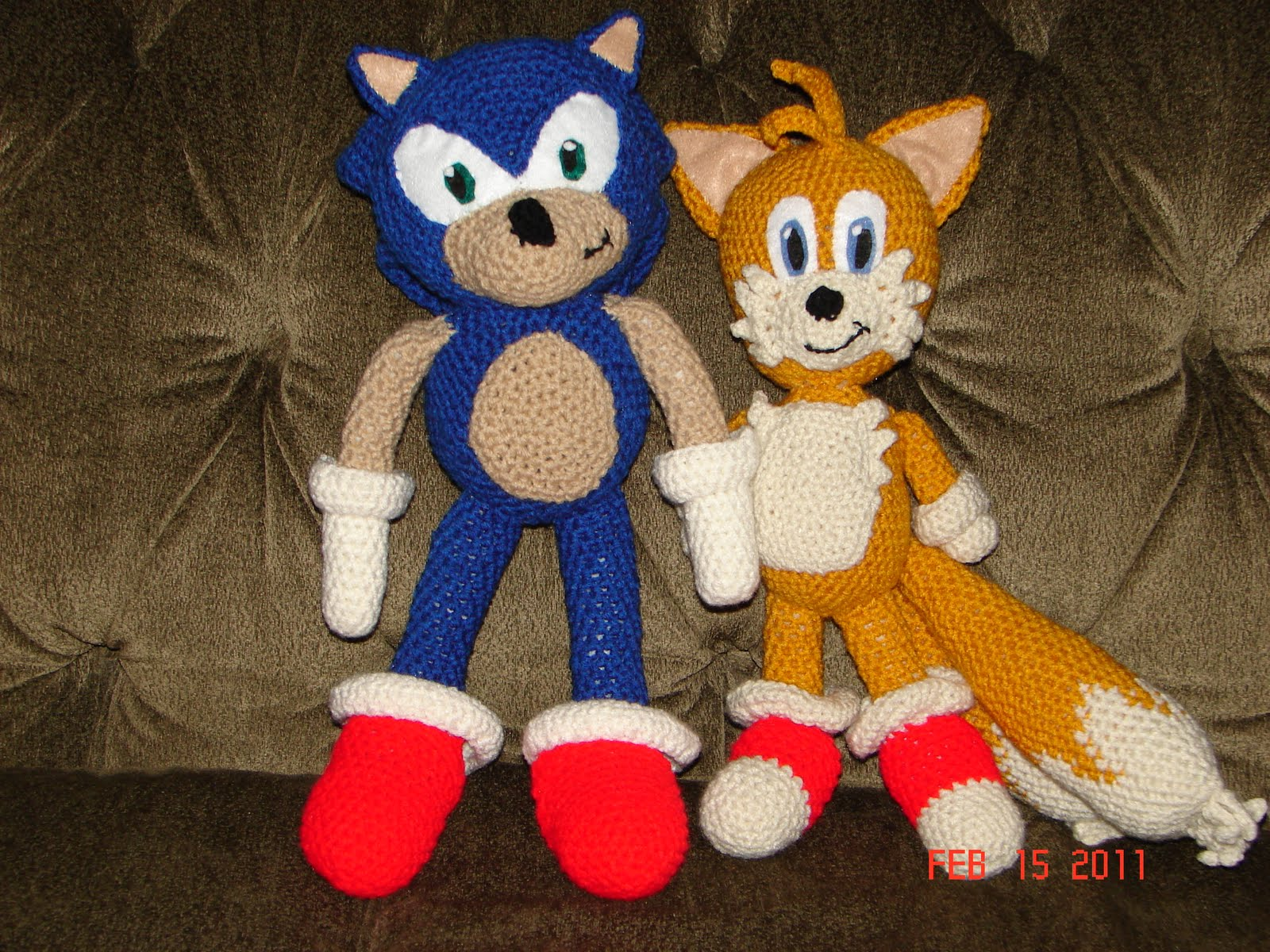 Knitting Pattern For Sonic The Hedgehog Toy : Modern Day Rapunzel: Sonic and Tails