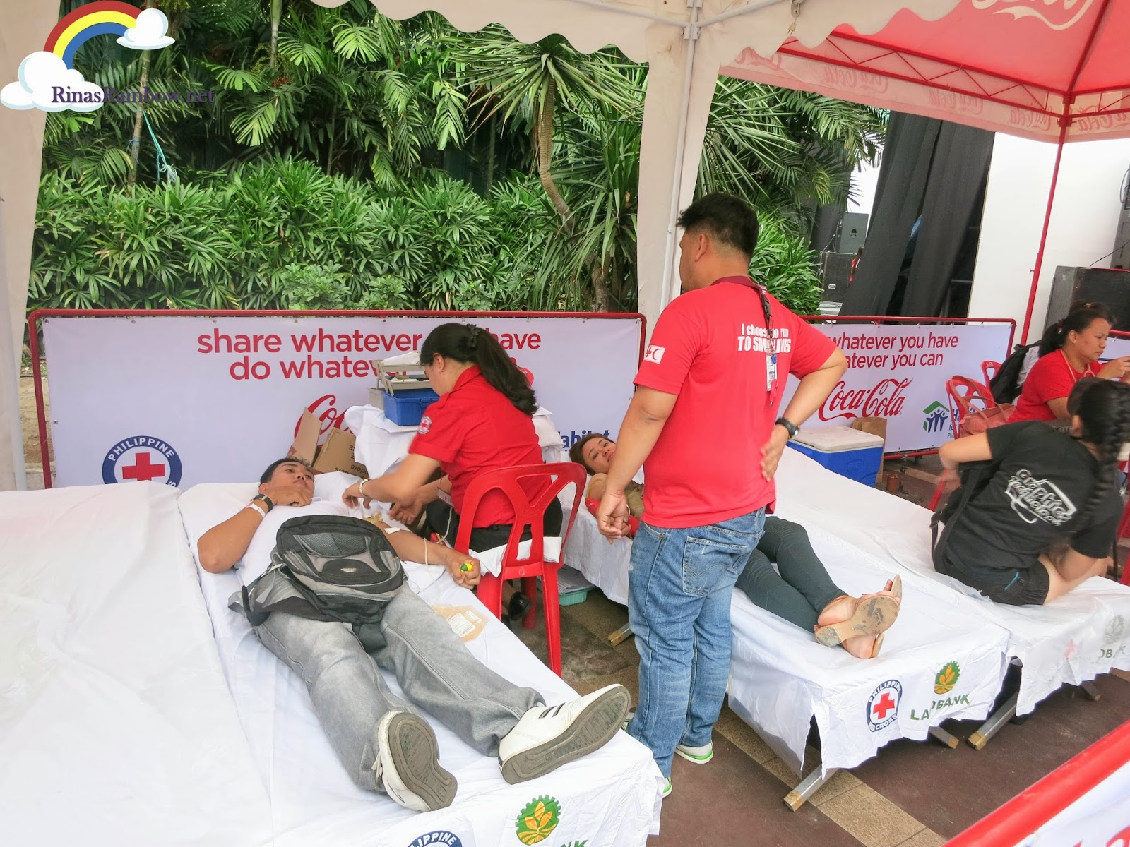 coca cola rebuildPH araneta blood donation