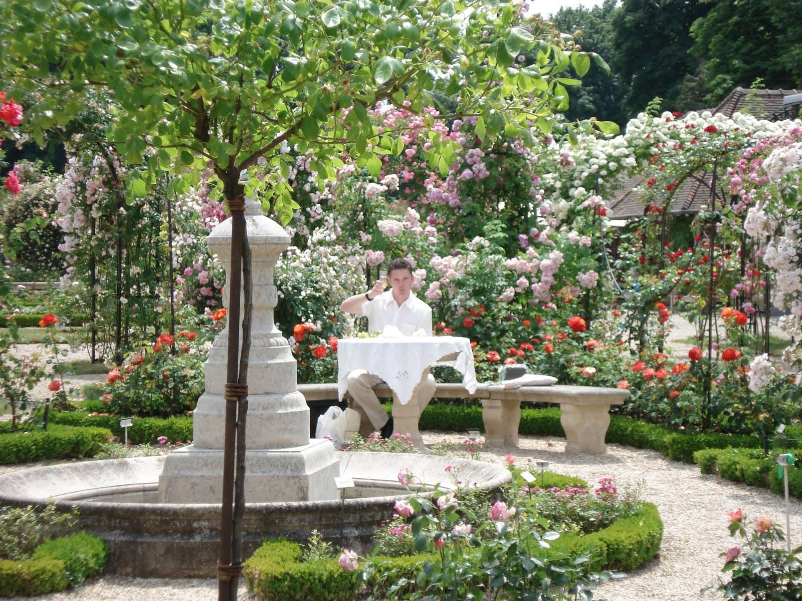 Most Beautiful Rose Gardens In The World french beauty mark: the rose garden at l'hay-les-roses paris