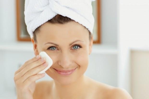 Makeup_Natural-skin-toner-for-women