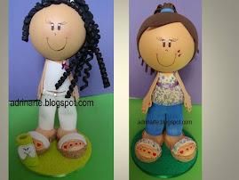 Dentista e menina de calça, bata e tamanco