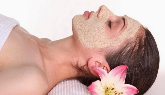 Masker Untuk Wajah Berminyak dan Lengket