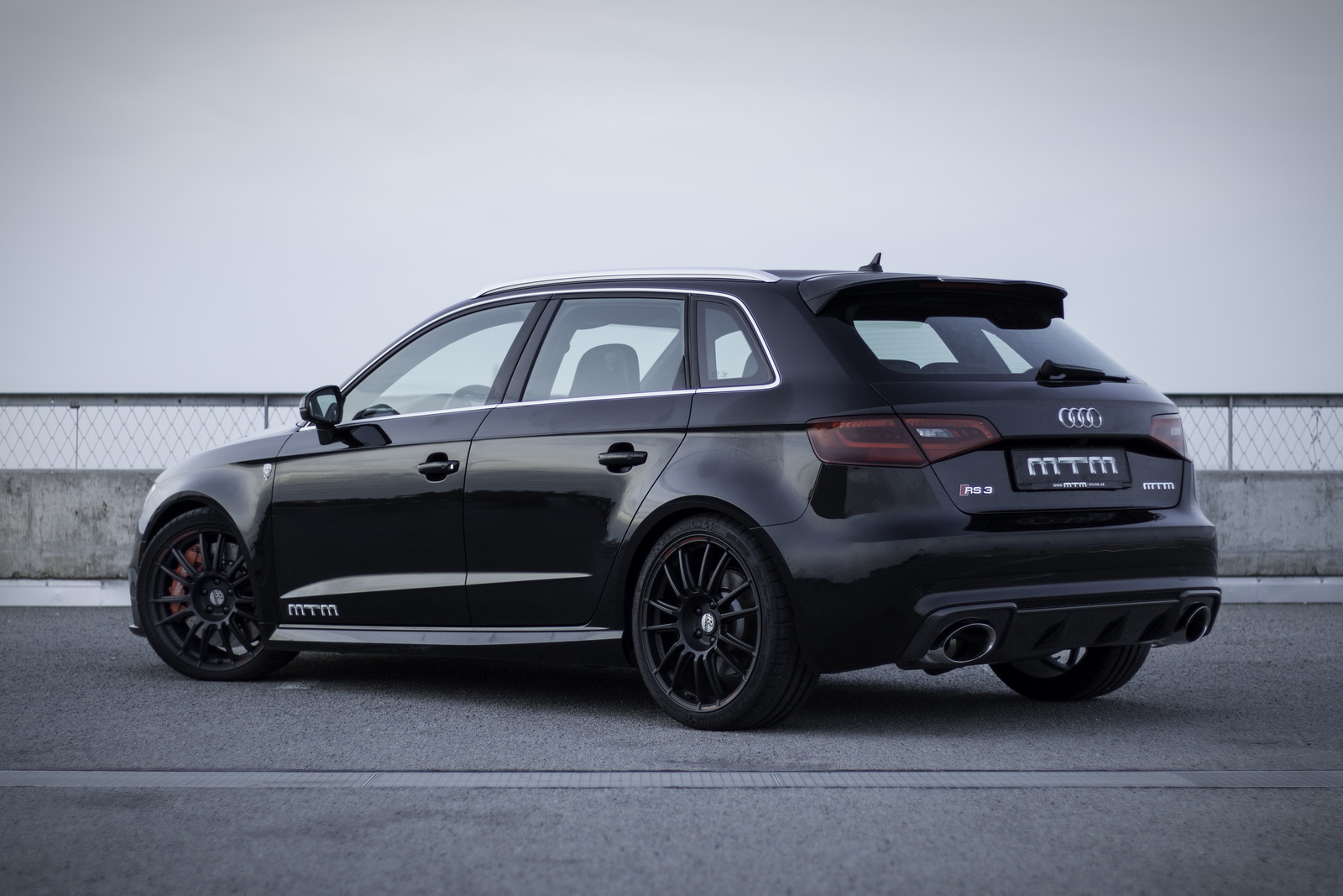 mtm squeezes 429hp out of audi rs3 to smash the 300km h barrier carscoops. Black Bedroom Furniture Sets. Home Design Ideas
