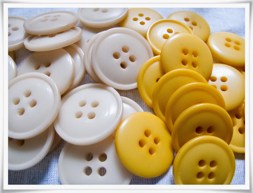 Stora knappar med stark färg