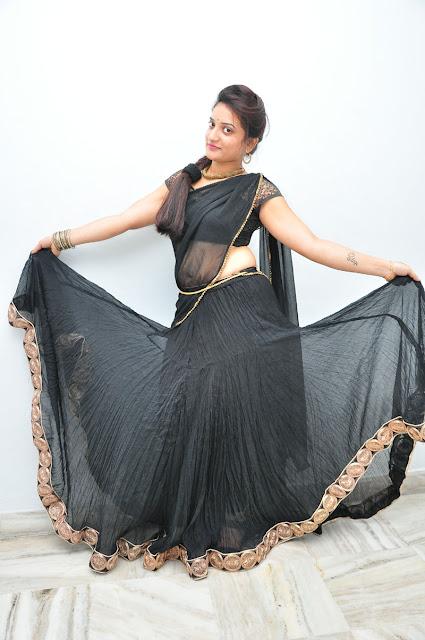 Janani Reddy in transparent Black saree Spicy Pics