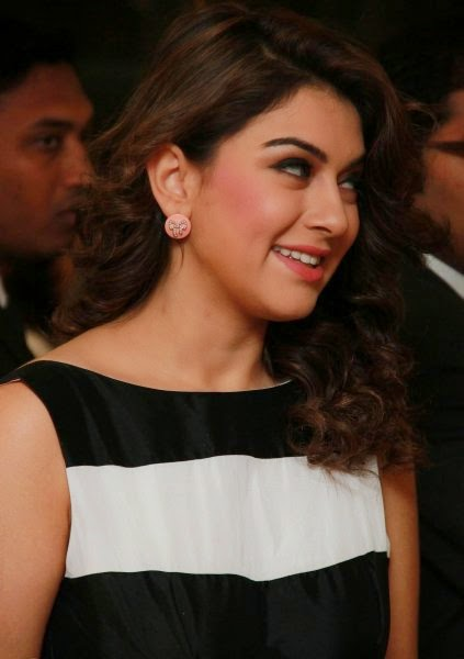 http://moviepicturess.blogspot.in/2014/10/hansika-motwani.html
