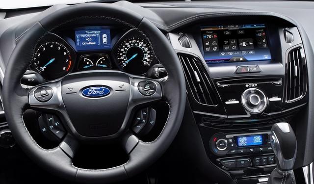 2012 Ford MyFord Touch Ford FOCUS SEDAN   Preços, Fotos, Modelos