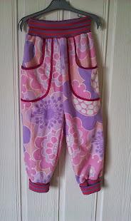 bukser i retro stof